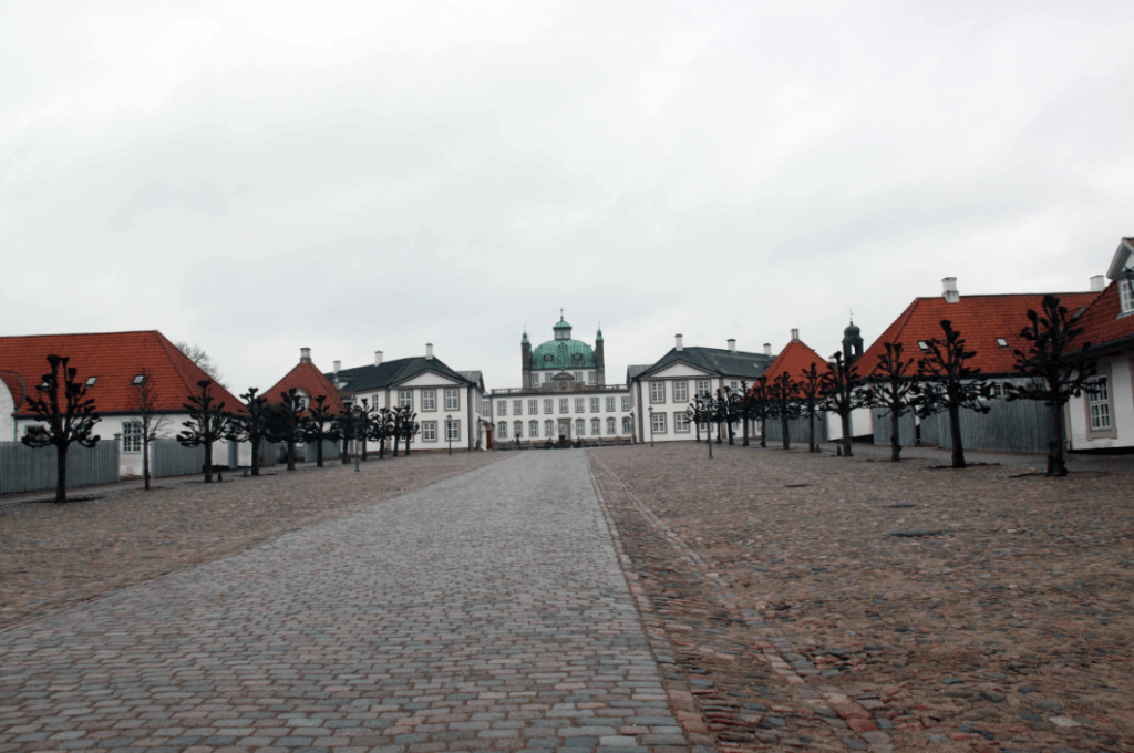 Fredensborg Palace, Hamlet's Hideaway Retreat